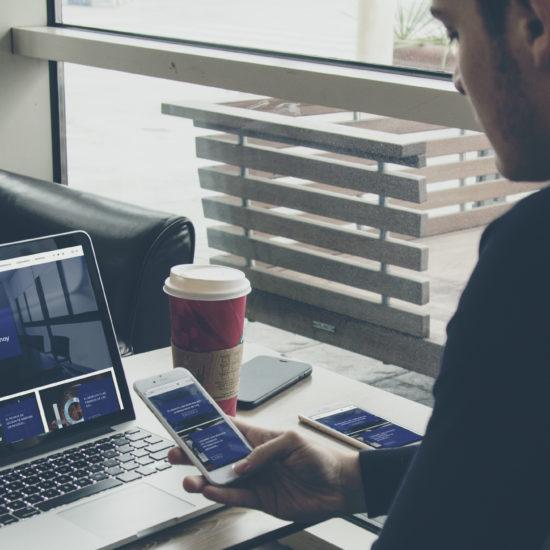 Diseño de página web CodeAbogados